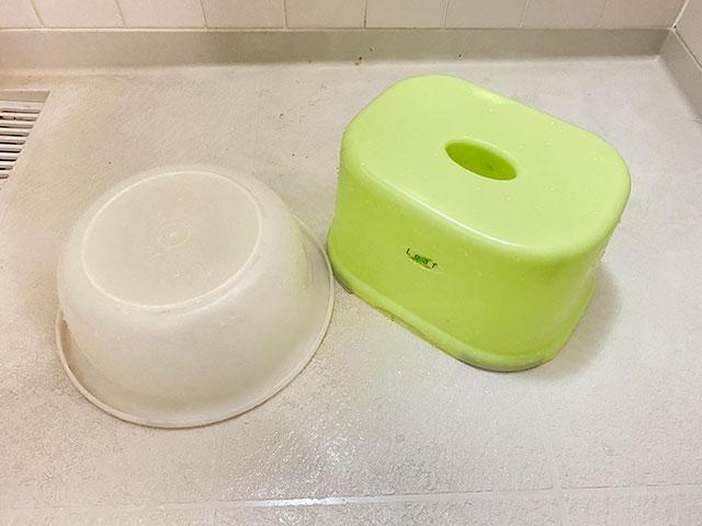 キレイになった洗面器とイス