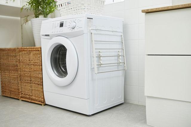 床に直置きの洗濯機